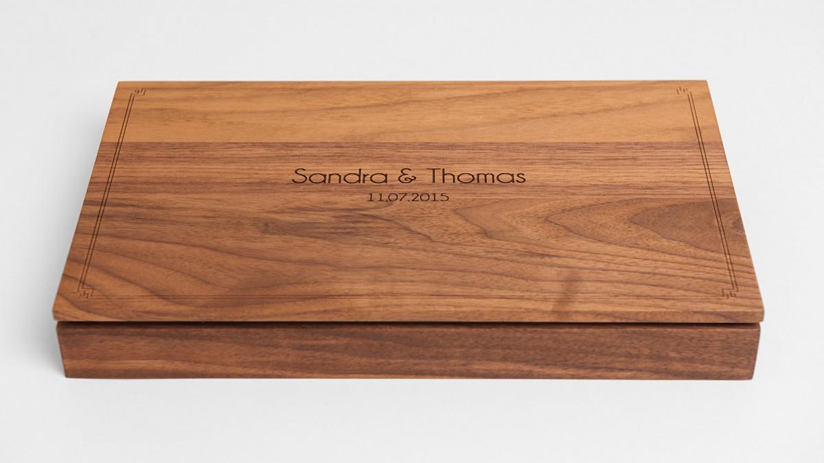 KleineBox-Übergabe-Hochzeitsfotos-Portrait-Sandra-Thomas